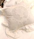 Cuscino Blanc Mariclo con gale White Cloud Collection 40×40 cm