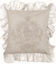 Cuscino ricamato con gale Blanc Mariclo Windsor Collection